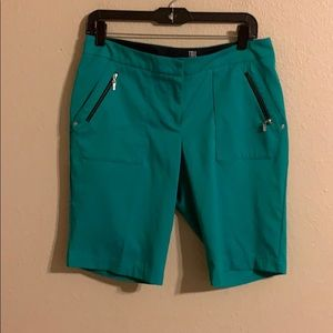 Tail green shorts size 6